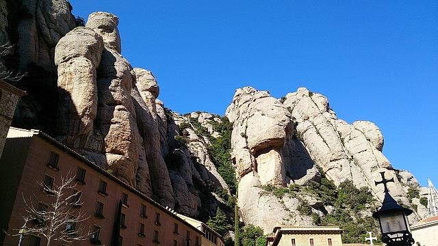 ヨーロッパ有数のパワースポット「モンセラット」と願いを叶えてくれる「黒いマリア像」~バルセロナ・ドバイ旅行記8~