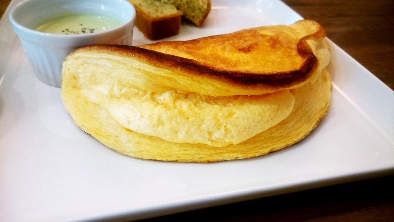 糖質制限ダイエット中でも満足!大宮の糖質オフカフェの康カフェでふんわりオムレツを食べてきたよ